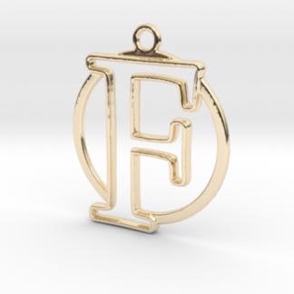 """""""F initiale en contour et anneau"""" imprimés en 3D"""